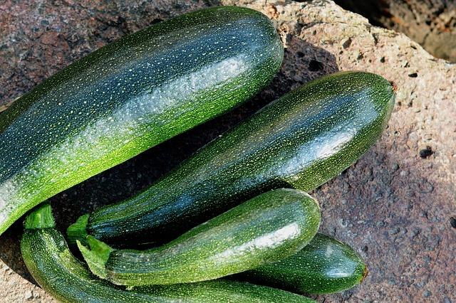 Топ 20 низкокалорийных продуктов: кабачки