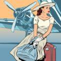 головоломка найдите отличия: девушка в аэропорту